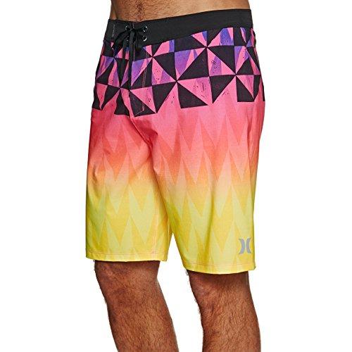 Hurley T-shirt Shorts - Hurley AH5470 Men's Phantom Bula Bdst Short, Laser Orange - 31