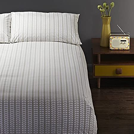ORLA KIELY Tiny Stem 'Housewife' Pillow