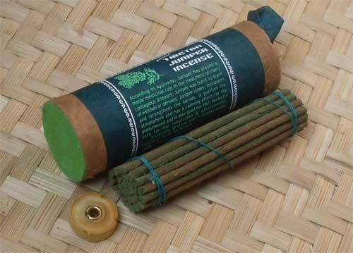(Tibetan Juniper Incense by Mandala Arts & Incense )