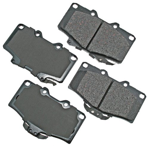 Akebono ACT611 ProACT Ultra-Premium Ceramic Brake Pad Set ()