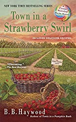 Town in a Strawberry Swirl (Candy Holliday Murder Mystery)