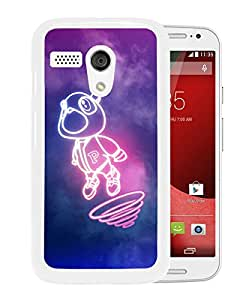 Excellent protection,Lightweight and durable Kanye West Dropout Bear White Moto G Case