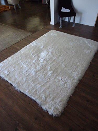 (On Sale! Lurex Shag Collection, White Solid Area Rug, Hand Tufted, Approximate Size ~8ft X 11ft (230 X 310cm), on Sale!)