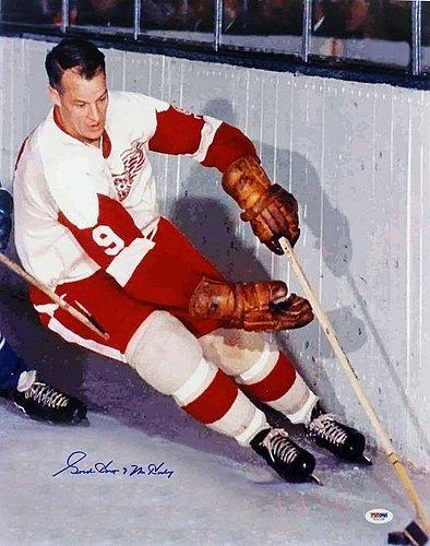 Red Wings Gordie Howe 'Mr Hockey' Signed 16x20 Photograph...