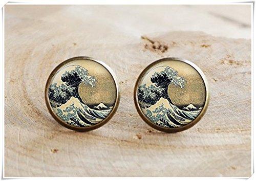 The Great Wave of Kanagawa Earrings, Hokusai Mount Fuji Japan Japanese ()