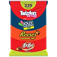 HERSHEY'S Holiday Candy Assortment, Bulk Candy Gift, JOLLY RANCHER, KIT KAT, REESE'S, and TWIZZLERS, 335 Pieces