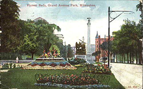Flower Beds, Grand Avenue Park Milwaukee, Wisconsin Original Vintage Postcard