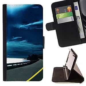 Momo Phone Case / Flip Funda de Cuero Case Cover - Carretera Cielo Negro;;;;;;;; - HTC Desire 820