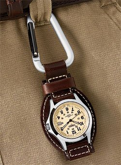 woolrich-mens-leather-hanger-watch-brown