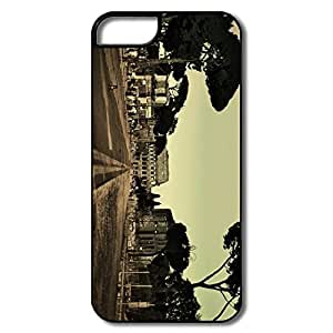 IPhone 5S Cases, Colosseum Street Rome Italy White/black Cases For IPhone 5/5S