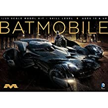 Batman v Superman Car Model Kit: Batmobile (1:25 Scale)
