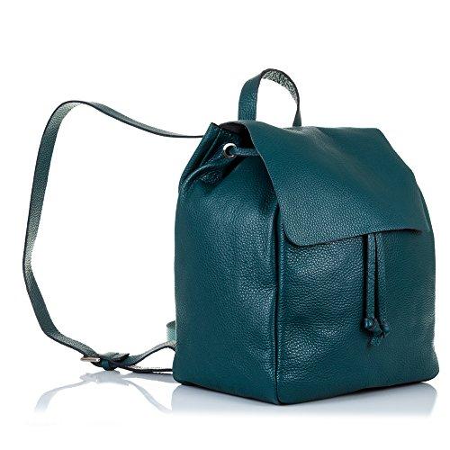 FIRENZE ARTEGIANI.Mochila de mujer casual piel auténtica.Bolso mochila cuero genuino,DAY PACK casual mujer.Piel DOLLARO tacto suave. MADE IN ITALY.VERA PELLE ITALIANA.26x33x18cm.Color:AZUL PETROLEO