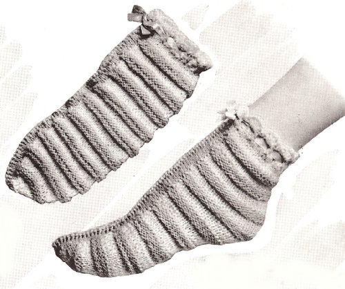 Vintage Knitting PATTERN to make - Slippers Bed Socks Girls Anklets.NOT a finished item. This is a pattern and/or instructions to make the item only. ()