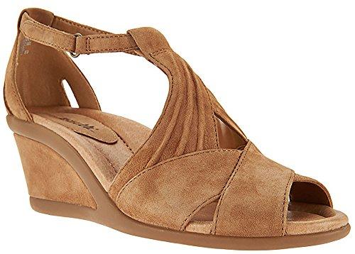 Earth Origins Womens Curvet Wedge Sandal  7 B M  Us  Biscuit