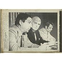 1972 Press Photo Charles O. Finley & Garry Young NHL Hockey Minnesota North Star