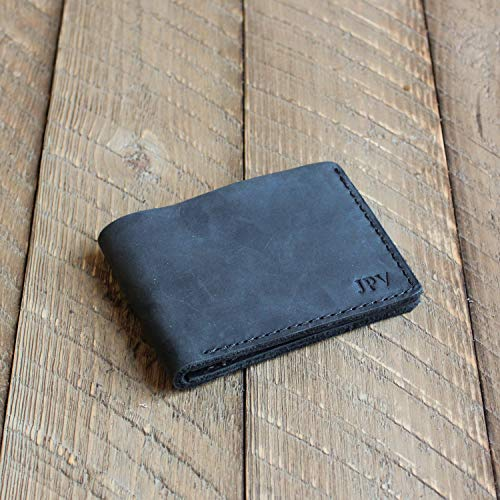 c7a91c7d939 Amazon.com  Pegai Personalized Minimalist Classic Bill-fold Wallet ...