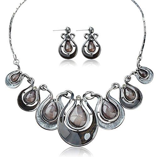 Tagoo Vintage Bridal Jewelry Set Pendant Statement Necklace Drop Earrings Set in Swarovski Elements Crystal Rhinestone Resin Anti-Allergic Wedding/Party/Bouquet ()