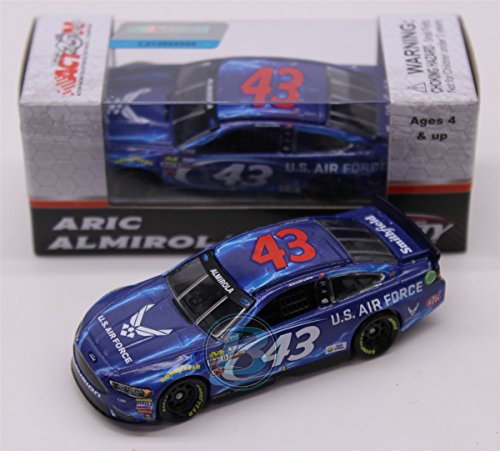 Lionel Racing Aric Almirola # 43 Air Force 2017 Ford Fusion 1:64 (Air Force Fusion)