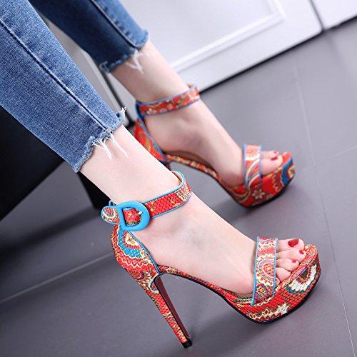 Estilo Nacional impreso con fino de la tabla impermeable Bare sandalias de punta mujeres de la manera hebilla de la palabra zapatos de tacón alto gules