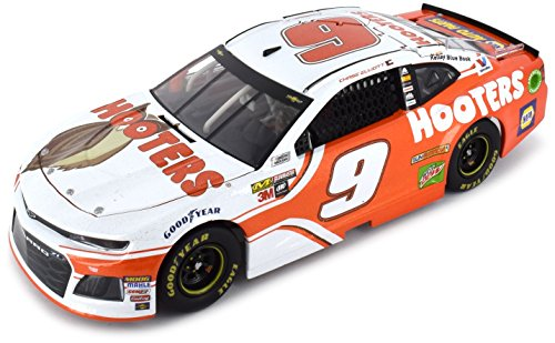 Lionel Racing Chase Elliott 2018 Hooters NASCAR Diecast, used for sale  Delivered anywhere in USA