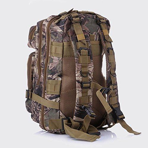 subtel Wanderrucksack aus strapazierfähigem Oxford Gewebe 600D. Mit vergrößerbaren Taschen | Outdoor Rucksack