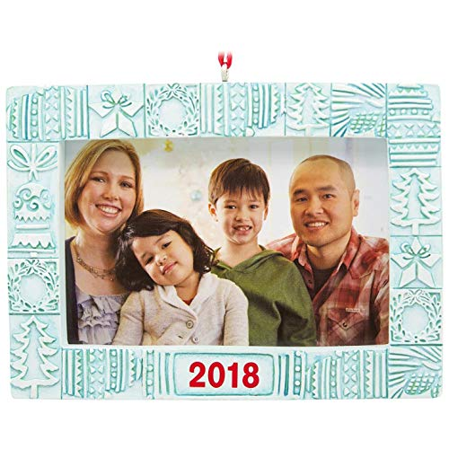 Ornament Holiday Frame - Hallmark Holiday Icons 2018 Picture Frame Ornament Family