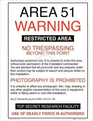 Amazon.com: Área 54 Alerta Cartel 19,5 x 15,75 Póster Aliens ...