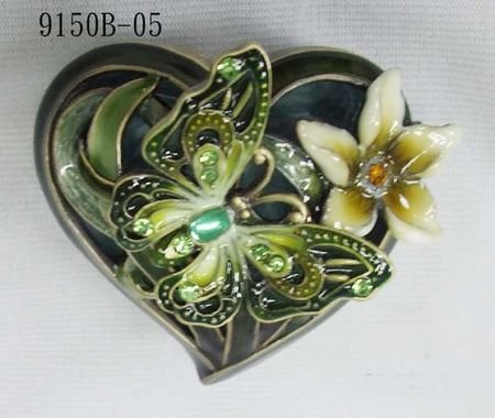Green Butterfly Heart Shaped Jewelry Trinket Box 1.5in H