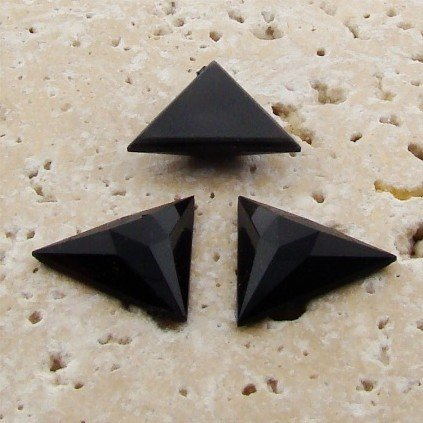 (PlasticBeadsWholesale Jewel-Tone Faceted Triangle Cabochons | Plastic Acrylic Lucite Flatback Beads for Jewelry Making | Jet Opaque Color 29x29mm Sold in Lot of 68)
