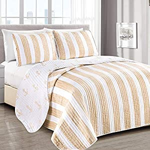 51lSgWPAEcL._SS300_ Coastal Bedding Sets & Beach Bedding Sets