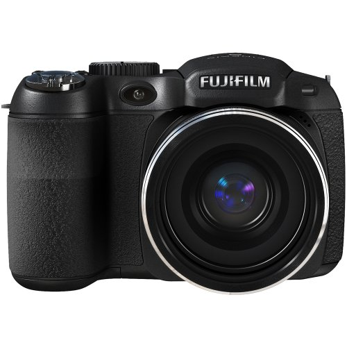 (Fujifilm FinePix S2950 14 MP Digital Camera with Fujinon 18x Wide Angle Optical Zoom Lens and 3-Inch LCD)