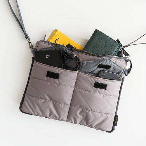 Gadget pouch - Warm gray by invite.L