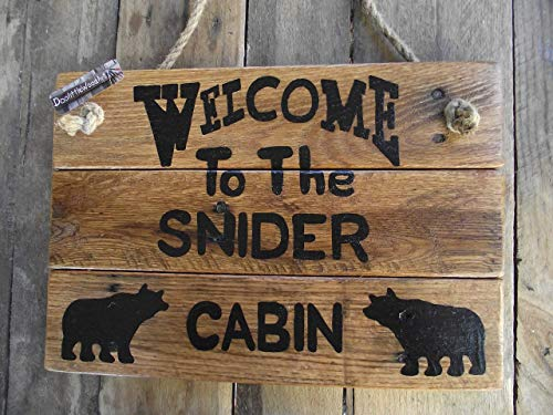 Personalized cabin name sign| custom cabin bear sign|Made in the USA|Family name sign|custom family cabin sign|welcome family cabin sign| Welcome bear custom sign| rustic cabin decor| rustic bear sign