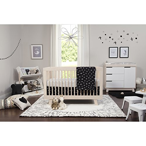 Babyletto 5-Piece Nursery Crib Bedding Set, Fitted Crib Sheet, Crib Skirt, Play Blanket, Contour Changing Pad Cover & Wall Decals, Tuxedo [並行輸入品]   B07GJGVY8Z