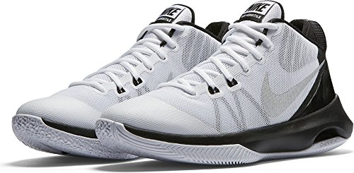 NIKE Mens Air Versitile Basketball Shoe White/Metallic Silver/Black 9.5