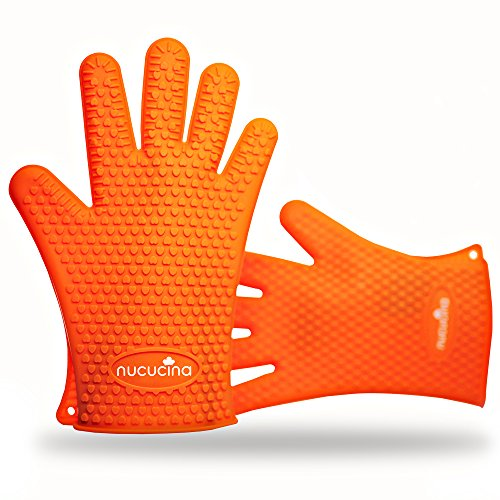 Nucucina Resistant Silicone Cooking Gloves