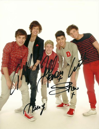 one direction autographs - 4