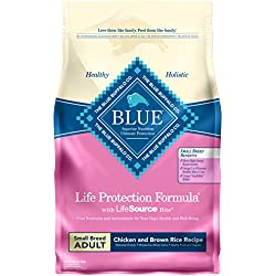 Blue Buffalo Life Protection Formula Small Breed Dog Food – Natural Dry Dog Food for Adult Dogs – Chicken and Brown Rice – 6 lb. Bag