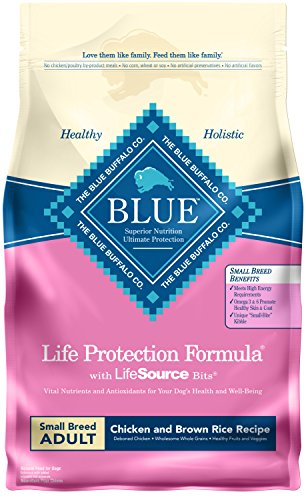 (Blue Buffalo Life Protection Formula Small Breed Dog Food – Natural Dry Dog Food for Adult Dogs – Chicken and Brown Rice – 6 lb. Bag)