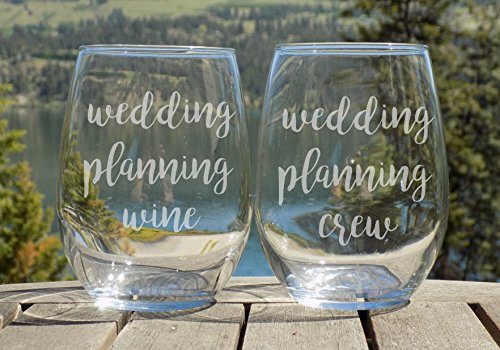 King Queen champagne flute Set Crown Glasses for Couples His and Her 8oz Stemless Glasses