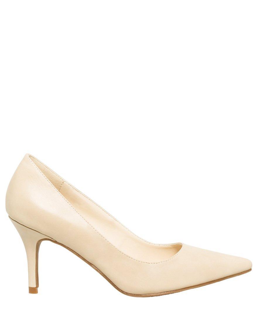 LE CHÂTEAU Women's Mid Heel Pointy Toe Pump,6.5,Cream by LE CHÂTEAU
