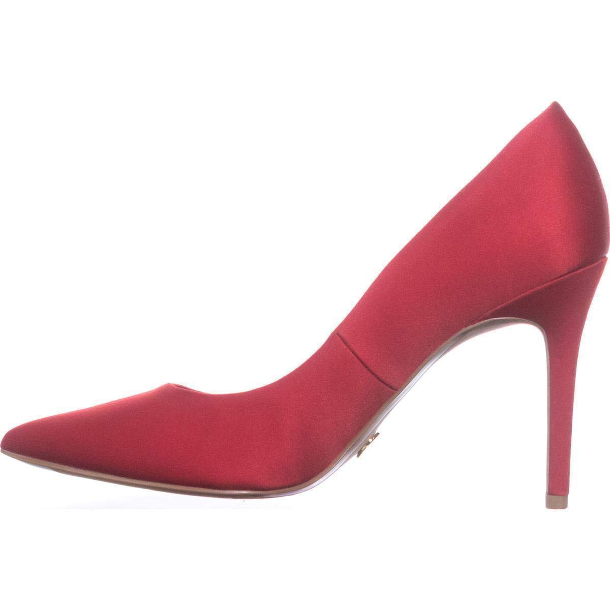 fa52fa70e8 Amazon.com | Michael Michael Kors Womens Claire Pump Pointed Toe Classic  Pumps | Shoes