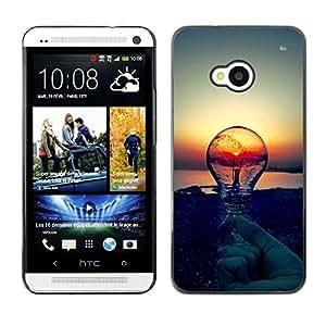 Caucho caso de Shell duro de la cubierta de accesorios de protección BY RAYDREAMMM - HTC One M7 - Sunset Idea Light Bulb Clever Idea