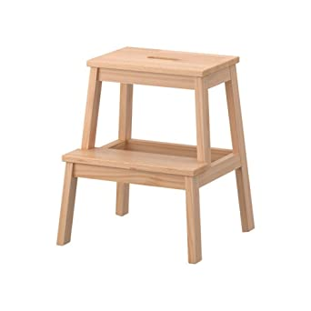 Escalerita, de Ikea, de madera, color beis, modelo Bekvam, referencia 601.788