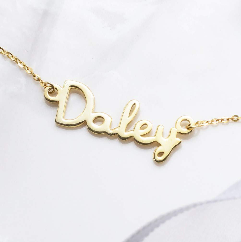necklaces with your name on them