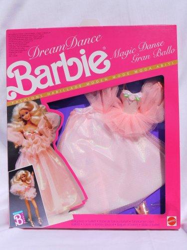 1989 Barbie (Dream Dance Barbie Magic Dance Peach-Colored Fashion #7394 (European market 1989))