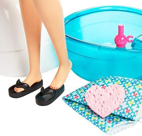 Barbie GHN07 Wellness Maniküre Pediküre Spa, Spielset mit Hündchen, Fußbad und Zubehörteilen, ab 3 Jahren