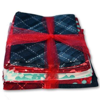 StudioE Fabrics Chalkboard Snowman Wall Hanging Quilt Kit Fabric & Pattern (Snowman Pattern Quilt)
