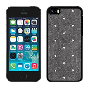 Fashionable Custom Designed iPhone 5C Phone Case With Hearts Pattern Embroidered_Black Phone Case