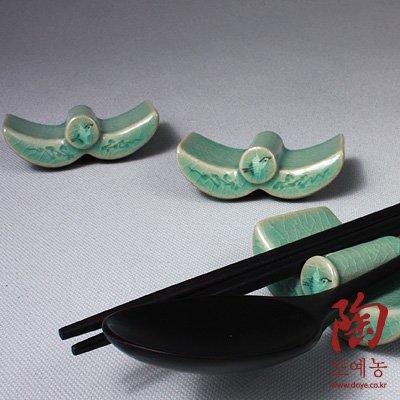 5 Celadon Green Korean Roof Tile and Crane Cloud Flower Design Ceramic Pottery Porcelain Chopstick Spoon Rests Gift Set by Antique Alive Tabletop